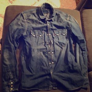 Men's Levi sawtooth button sweatshirt medium